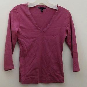 Pink longsleeve tshirt w lace collar